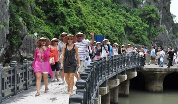 12 điều khiến nghành Du Lịch Việt tụt lùi và là cơn ác mộng với du khách nước ngoài