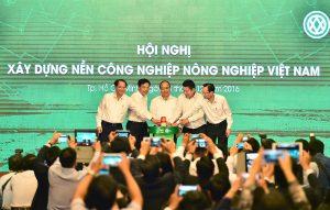 thu-tuong-bam-nut-khoi-dong-chuong-trinh-truy-xuat-nguon-goc-rau-an-toan2
